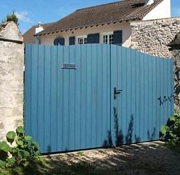 Brána z profilových desek, odstín riviera blue